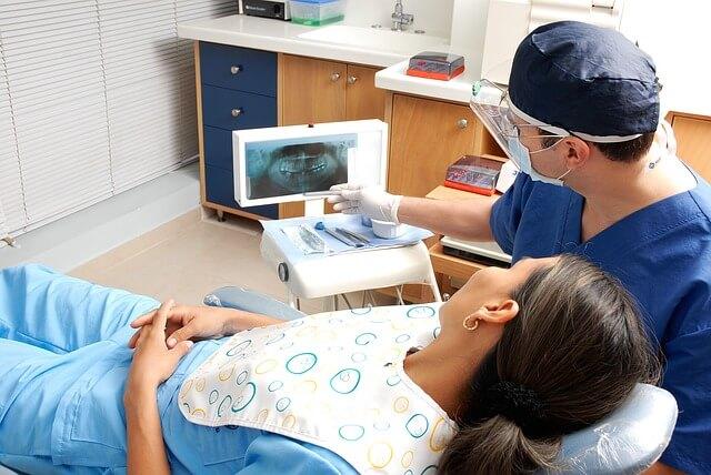 ninos y adolecentes blanqueamiento dental edad